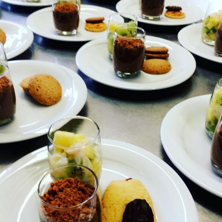 Préparation de desserts gourmands